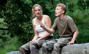 Les Combattants is an unlikely romance between a girl with a tough attitude and a boy who's more sensitive.